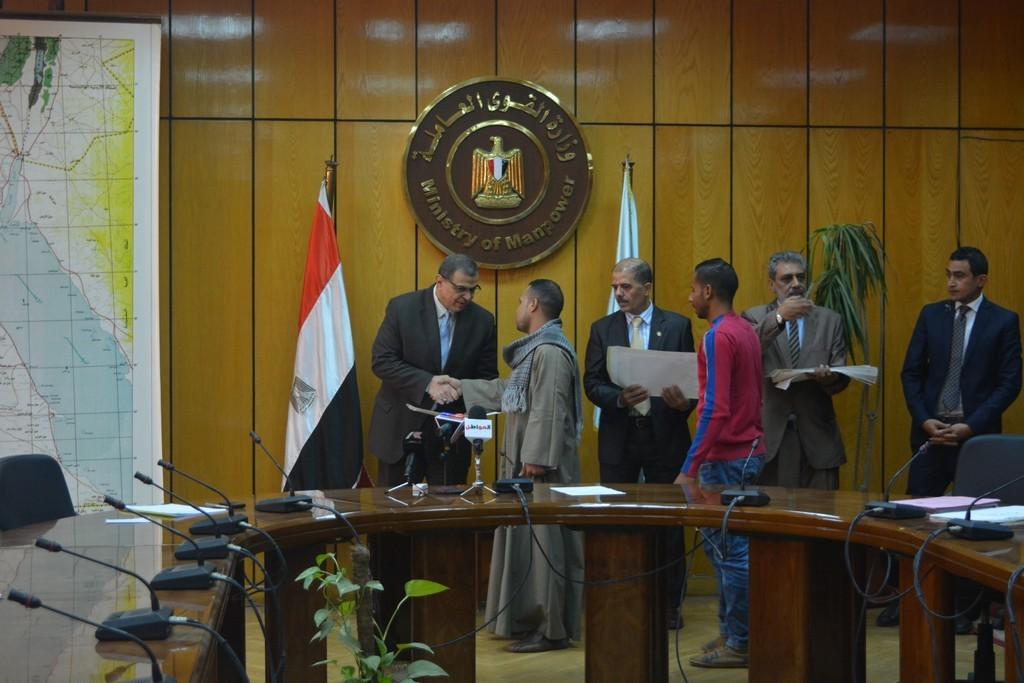 سعفان : العمالة المصرية مازالت مطلوبة لسوق العمل العربي.. صور